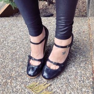 Boss babe, GABRIELLA ROCHA, pin up heels!!